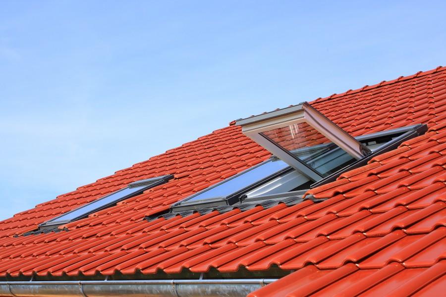 Dachy, okna dachowe, systemy rynnowe i akcesoria dachowe