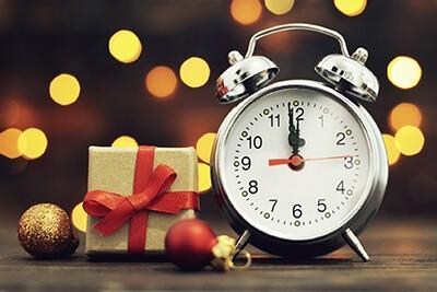 Godziny otwarcia salonów oraz działu hurtowego w dniach świątecznych