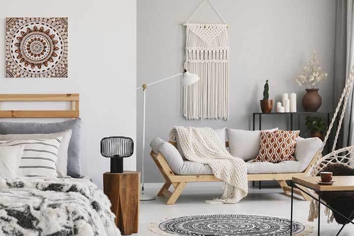 Sprytne triki, które pomogą Ci urządzić małe mieszkanie!
